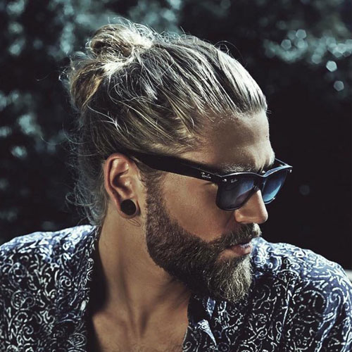 Man-Bun-Haircut-What-Is-A-Man-Bun